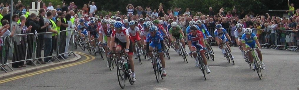Cycle race (Olympic trial) Hampton Court bridge